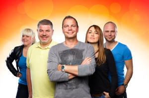 v.l.nr. Julia Paulusch, Axel Metz, Daniel Pavel, Lydia Ernst, Björn Sterzenbach Foto: HITRADIO RTL